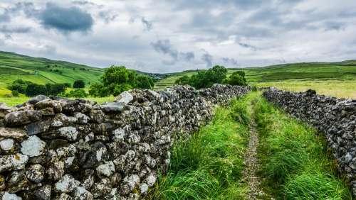 Malham Cove Stone Wall Yorkshire Dales Nature