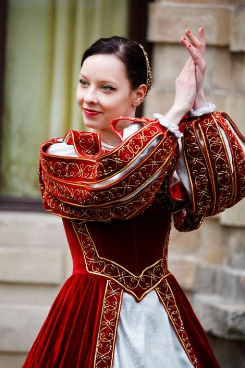 Medieval Dance History Dancer Girl Costume