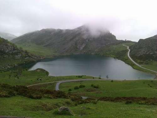 Mist Mountain Winter Lake Asturias Mountains