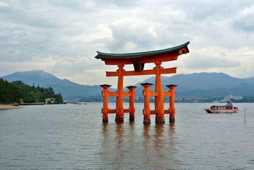 Miyajima Gate Tori