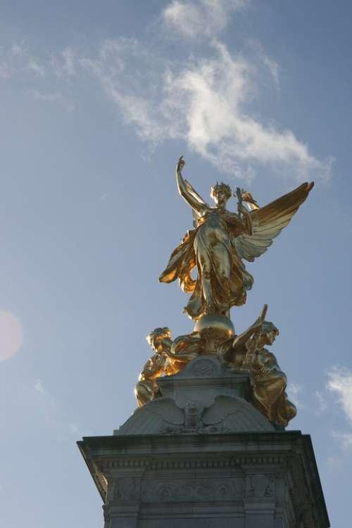 Monument London Gold