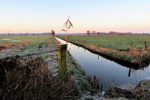 Morning Landscape Fence Locks Crossing