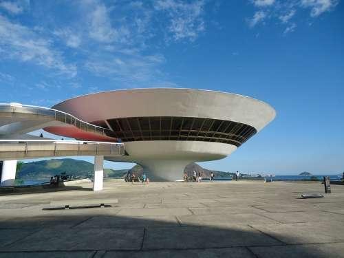 Museum Oscar Niemeyer Niterói