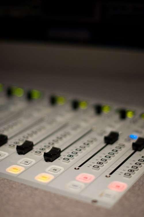 Music Mix The Console Radio Sound Cheble Mixer