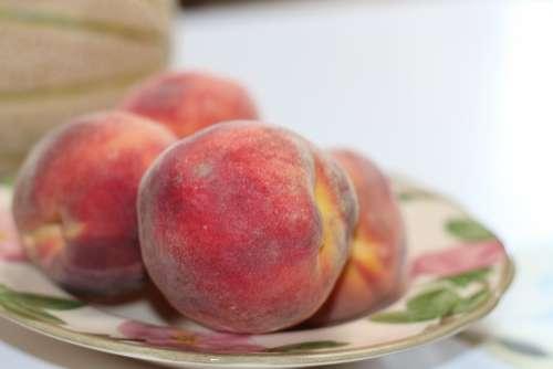 Peach Fruit Organic Ripe Sweet Delicious Food