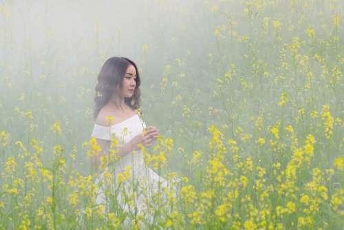 Portrait Girl Fog Flowers Beauty Tender Asian