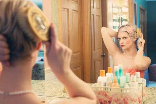 Pretty Woman Makeup Mirror Glamour Model Blonde