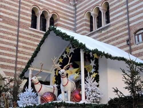 Reindeer Christmas House Palazzo Building