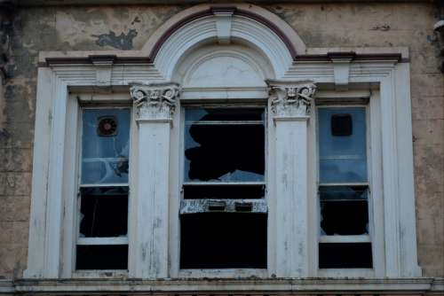 Rhombus Dilapidated Building Vandalism