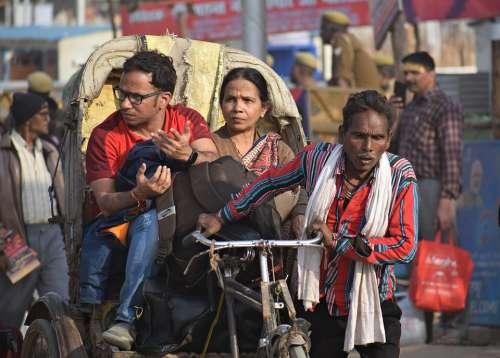 Rickshaw Puller Taxi Transportation India City