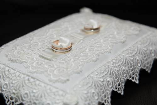 Rings Wedding Love Marriage Novel Gold Symbol