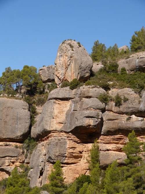 Rocks Limy Montsant Priorat Catalunya