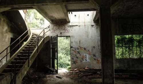 Ruin Abandoned Destroyed Broken Dirty Building
