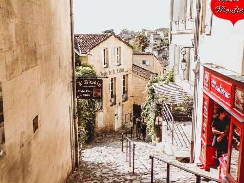 Saint-Émilion France Travel Tourism Wine Grape