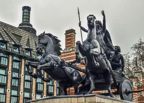 Sculpture Horses Chariot Statue Artwork Monument