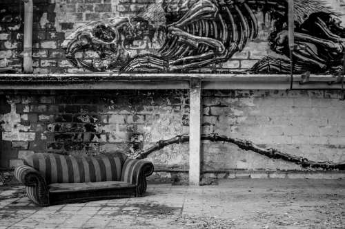 Seat Art Graffiti Mural Urbex Leave