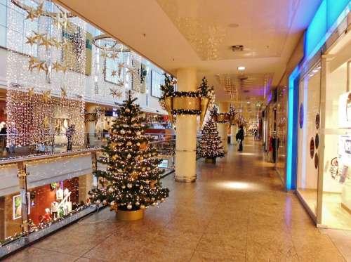 Shopping Center Floor Christmas Decorations