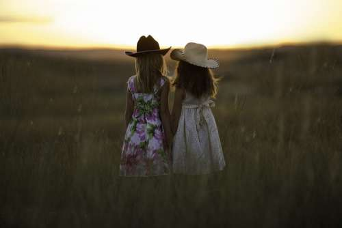 Sisters Summer Child Girls Childhood Cute