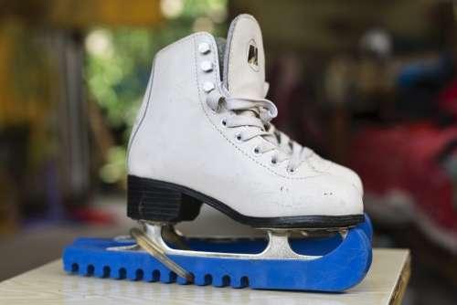 Skates White Women'S Ice