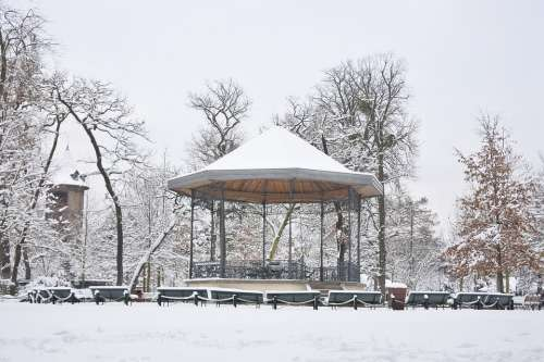Snow Kiosk Garden Paris Winter City