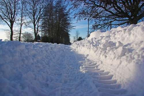 Snow Road Traffic Traffic Delays Drifting Snow