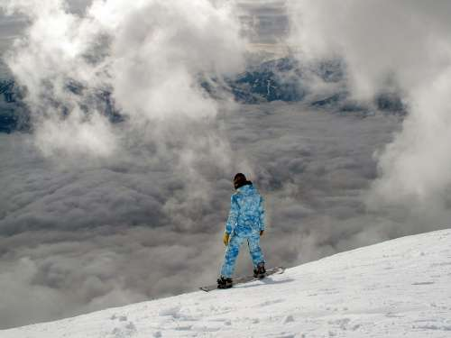 Snowboarding Mountain Clouds Snowboard Winter
