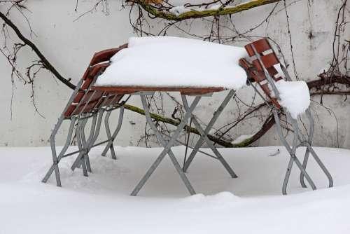 Stammtisch Snowed In Beer Garden Garden Out