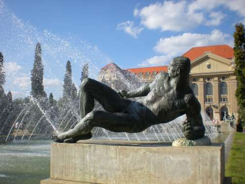 Statue Debrecen Hungary University Men'S Figure
