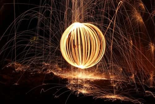Steelwool Firespin Fireball Dark Slowshutterspeed