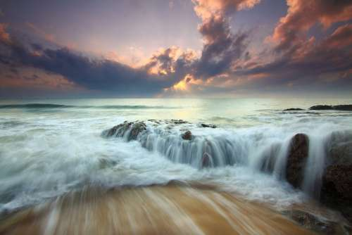 Sunrise Dramatic Ocean Waves Flow Seascape Water
