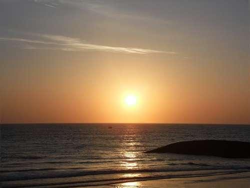 Sunrise Beach Dawn Beach Of The Hill Horizon