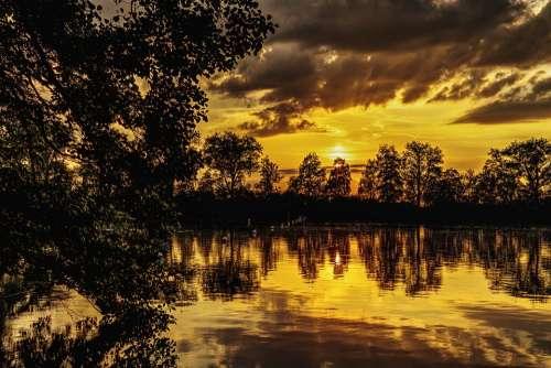 Sunset Lake Mirroring Abendstimmung Nature Romance