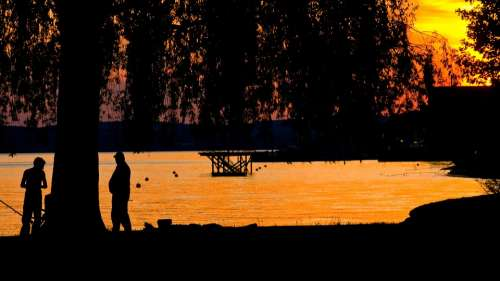 Sunset Lake Abendstimmung Angler