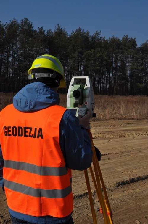 Surveyor Geodesy Total Station