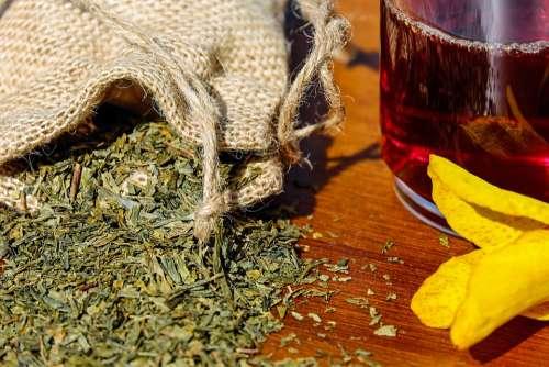 Tee Herbs Mix Medicinal Herbs Aroma Tea Glass