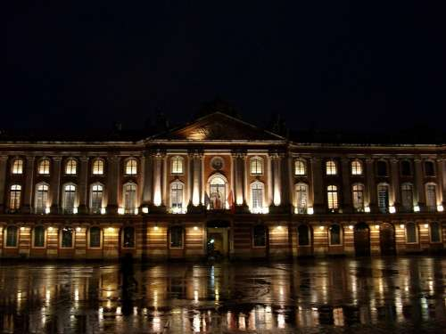Toulouse Capitol Night Light