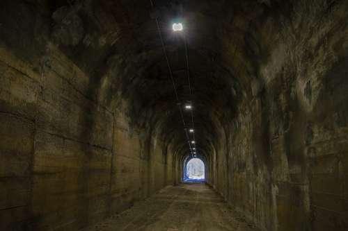 Tunnel Dark Darkness Underground Flashlight
