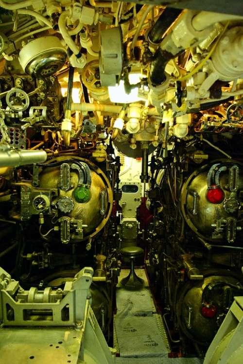 Uss Razorback Torpedo Room Submarine Torpedo Room