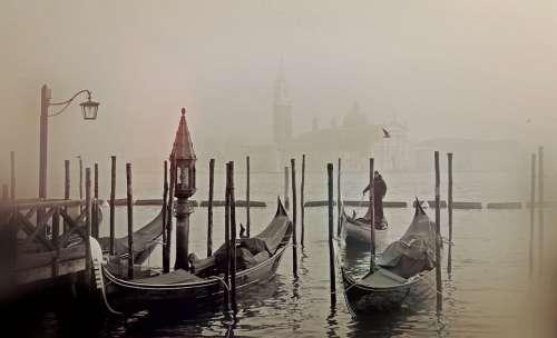 Venice Italy Gondola Romantic Wassertrasse