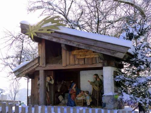 Village Nativity Crib Figures Uttendorf Christmas