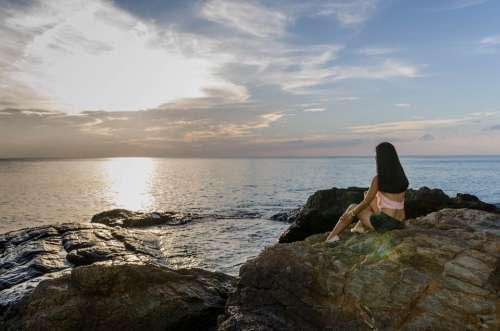 Waiting Woman Girl Sitting Sad Drama Sunset
