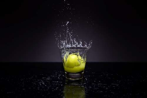 Water Splash Lemon Glass Liquid Fruit Drops