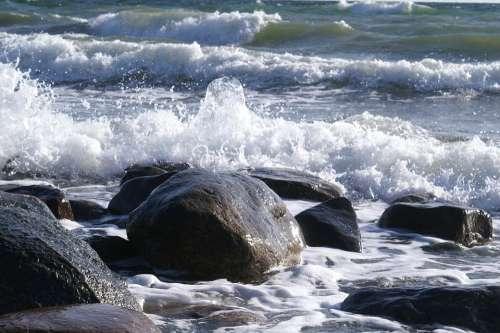 Wave Water Sea Beach Bank Baltic Sea Rest Coast