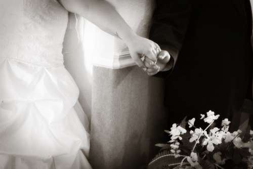 Wedding Hands Bride Groom Romantic Love Retro