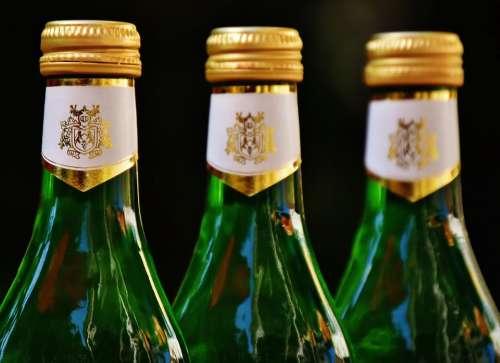 Wine Drink Restaurant Weinstube Alcohol Bottles
