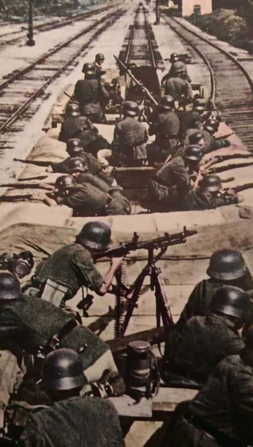 Ww2 War Guns Old Outdoor History Military World