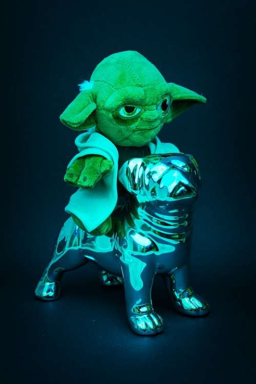 Yoda Green Chrome Silver Star Wars Shiny Decor