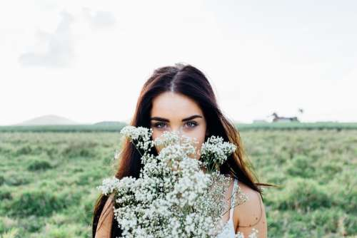 Young Woman Flowers Bouquet Woman Young Bouquet