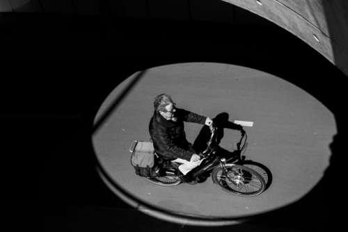Cyclist cirle