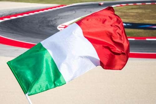 Italian flag at race
